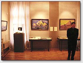 In der Saelen der Ausstellung.