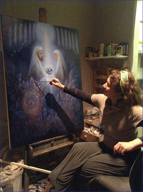 Оксана Марченко пишет новую картину на тему Фохата и Братства