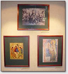 Ein Teil der Ausstellung, der über das Friedensbanner erzählt