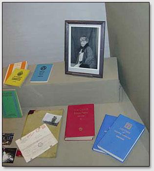 Bücher von der Familie Roerichs.