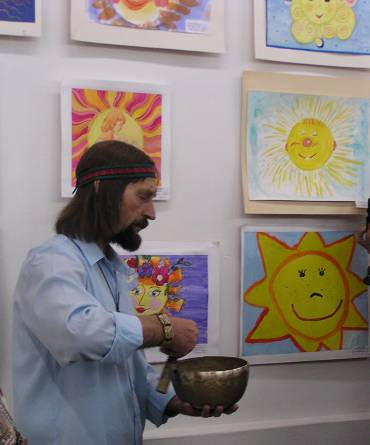 Children paint Sun - paintings of Russian children  brought by their teacher-artist, Valery Lipenkov, Novosibirsk, Russia