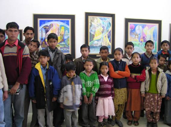 Students of Helena Roerich Art College, IRMT at the exhibition