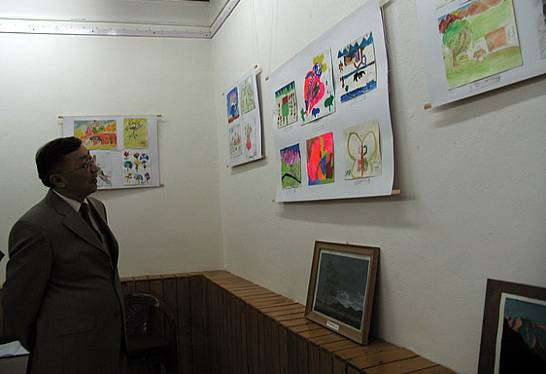H.E. Ambassador of Mongolia during the inauguration of    Painting exhibition by the students of Helena Roerich Art College, IRMT. Mr Jantsan Gulgou was a Chief Guest at the celebration of the 70th Anniversary of the Roerich Pact and Banner of Peace held at Naggar on 15th April 2005.