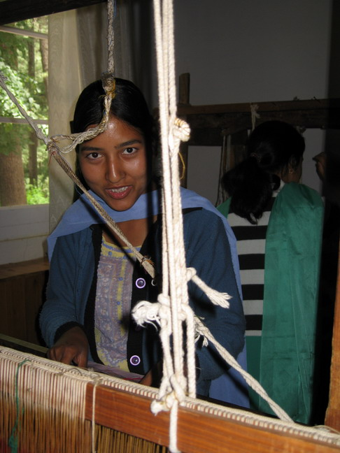Class of traditional Kullu weaving art