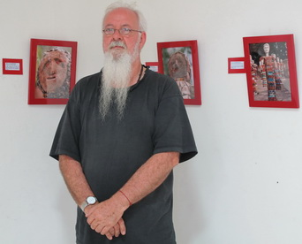 Photo exhibition by  Michael Wright, Australia