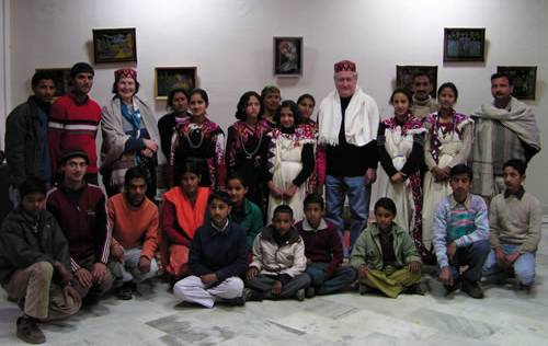 Mr Trubnikov and his wife with students of Helena Roerich Art College after their welcoming concert.